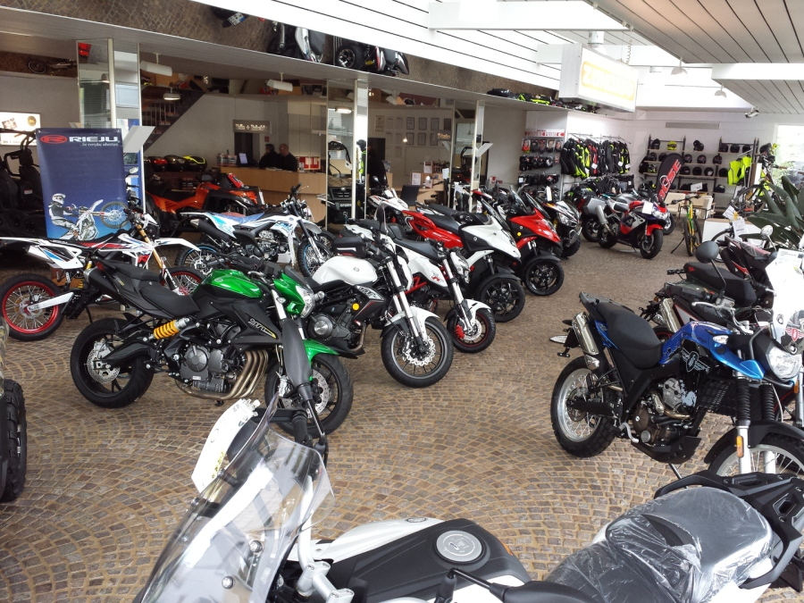 Motorrad Roller Quadspezialist In Köln Mop N Roll Zweirad Gmbh